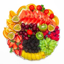 berries-galore-platter